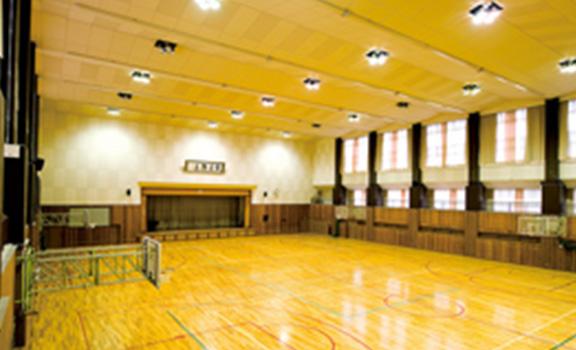 新講堂(体育館)
